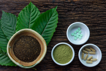 Kratom leaves, powders and capsules